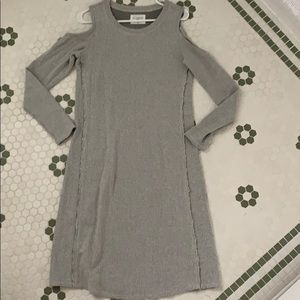 "Anthropologie ""Sol Angeles"" size small"